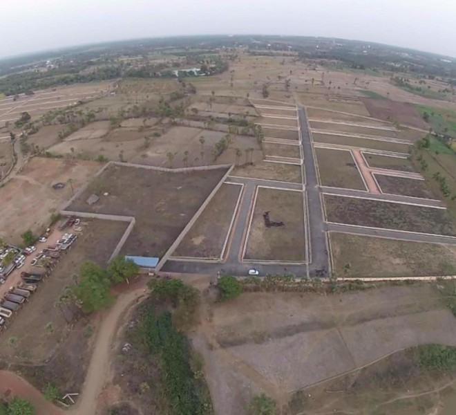 Land For Sale In Madhurapudi