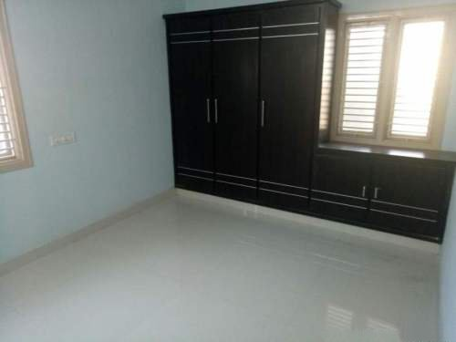 2 BHK Builder Floor For Sale In Vakalapudi,